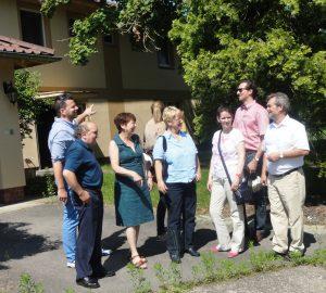 Stark vor Ort: FDP-Fraktion besucht die Offizierssiedlung der US-Armee