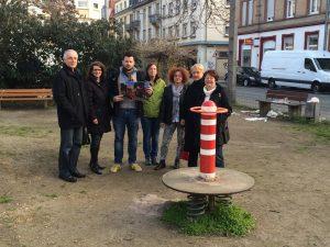 Neckarstadt-West: FDP-Fraktion besucht den Spielplatz an der Mittelstraße