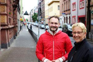 Florian Kußmann und Dr. Birgit Reinemund beim Rundgang
